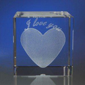 Coeur 3D dans le verre - gravure personnalisée